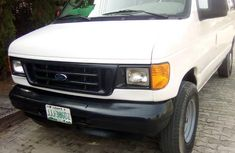Ford E-250 2003 White for sale