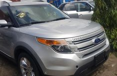 Ford Explorer 2012 Silver