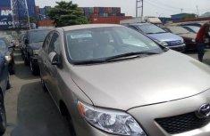 Toyota Corolla 2010 Goldfor sale