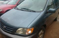 Almost brand new Toyota Sienna 2003for sale