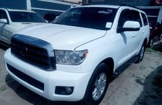Toyota Sequoia 2009 White for sale