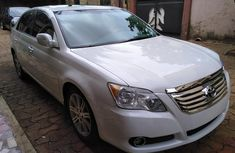 Pearl white 2007 Toyota avalon for sale