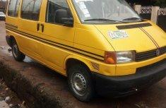 Volkswagen Transporter 2002 Yellow for sale
