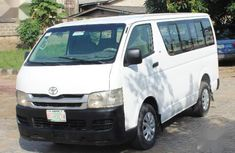 Toyota HiAce 2006 White for sale