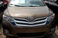 Toyota Venza 2009 Goldfor sale