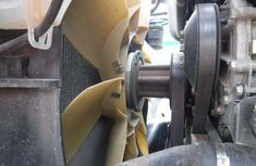 Fan clutch in car: definition, types, symptoms of a failing one & how to check