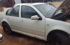 Volkswagen Passat 2003 White for sale