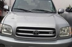 Toyota Sequoia 2004 Silver color for sale