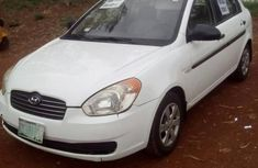 Very clean Hyundai Accent 2010 White for sale