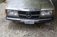 Mercedes-Benz E230 1983 Green for sale