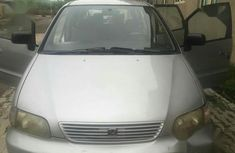 Honda Odyssey 2000 Silver for sale