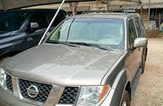 Nissan Pathfinder 4.0 V6 Automatic 2007 Brown for sale