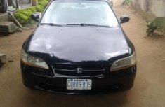 Honda Accord 2001 5P Black for sale