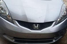 A very clean Honda Fit 2009 Gray for sale