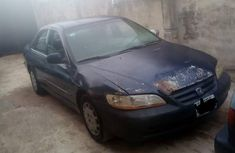 Honda Accord 2001 5P Blue color for sale