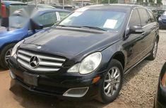 Mercedes-Benz E500 2009 Black for sale