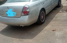 Nissan Altima 2002 Automatic Silver for sale