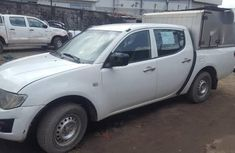 Mitsubishi L200 2013 White in excellent working condition for sale