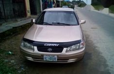Toyota Camry 2000 Gold for sale