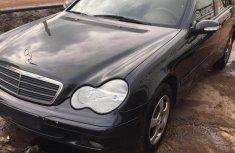 Mercedes-Benz C200 2002 Black for sale