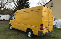 Mercedes-Benz Sprinter 2002 Yellow for sale