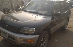 Toyota RAV4 2000 Automatic Black for sale