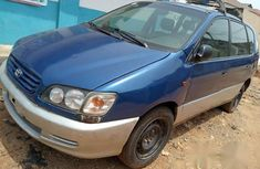 Toyota Picnic 2001 Blue for sale