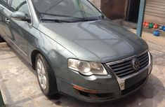 Volkswagen Passat 2007 Green for sale