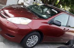 Toyota Sienna 2009 Redfor sale
