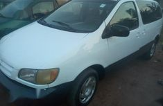 Toyota Sienna 2000 White for sale