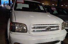 Toyota Sequoia 2002 Whitefor sale
