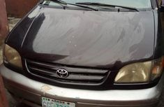 Toyota Sienna 2001 Purple for sale