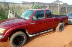 Toyota Tacoma 2000 Red for sale