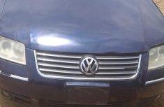Volkswagen Passat 2002 Blue for sale