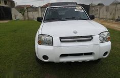 Nissan Frontier 2004 LE V6 Crew Cab White for sale