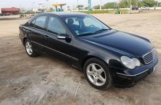 Mercedes-Benz C200 2002 Black color for sale