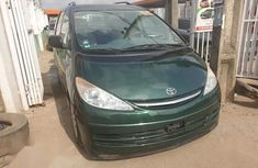 Toyota Previa 2000 Automatic Green for sale