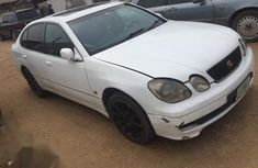 Good condition Lexus GS 2001 White color for sale