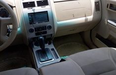 Ford Escape 2009 Limited 4WD Gray for sale