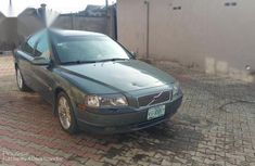 Very clean Volvo S80 2001 T6 Green color for sale