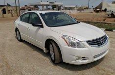 Nissan Altima 2.5 S Sedan 2010 White for sale