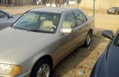 Mercedes-Benz C230 2000 Gold for sale