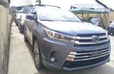 Toyota Highlander 2018 Bluefor sale