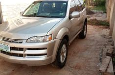 Isuzu Axiom 2004 XS Gold for sale
