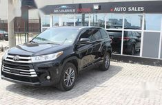 Toyota Highlander 2018 XLE 4x4 V6 (3.5L 6cyl 8A) Black for sale
