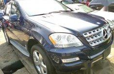 Mercedes-Benz M Class ML350 2011 Bluefor sale