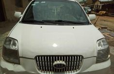 Very functional and clean Kia Picanto 2004 White color for sale