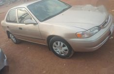 Good condition Toyota Corolla 2001 Gold color for sale