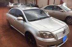 Toyota Avensis 2004 Verso Automatic Silver for sale