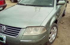 Volkswagen Passat 2003 Green for sale